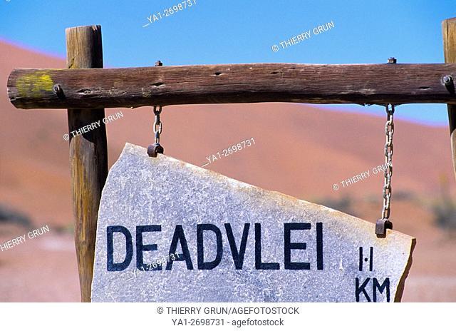 Namibia, Namib-Naukluft National park, Sossusvlei, Deadvlei sign