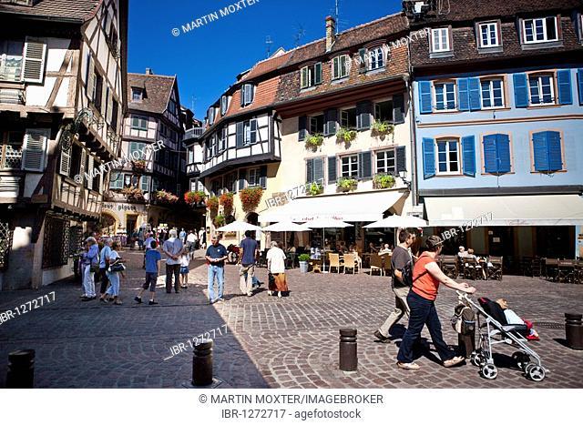 Place de l'Ancienne Douane, historic town centre of Colmar, Alsace, France, Europe