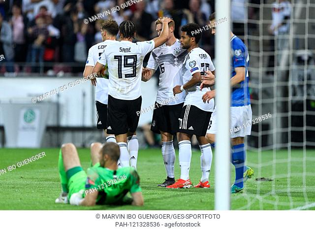 jubilation about the 6: 0: left to right Leon Goretzka (Germany), Leroy Sane (Germany), Marcel Halstenberg (Germany), Serge Gnabry (Germany)