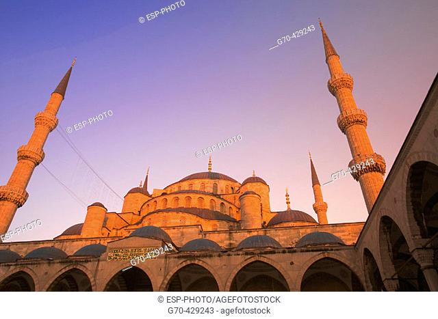 Blue Mosque at sunset, Istanbul. Turkey