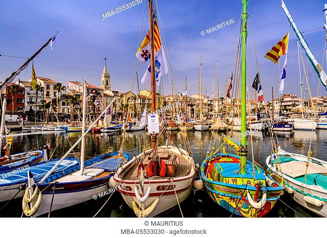 France, Provence, Var, Sanary-sur-Mer, harbour