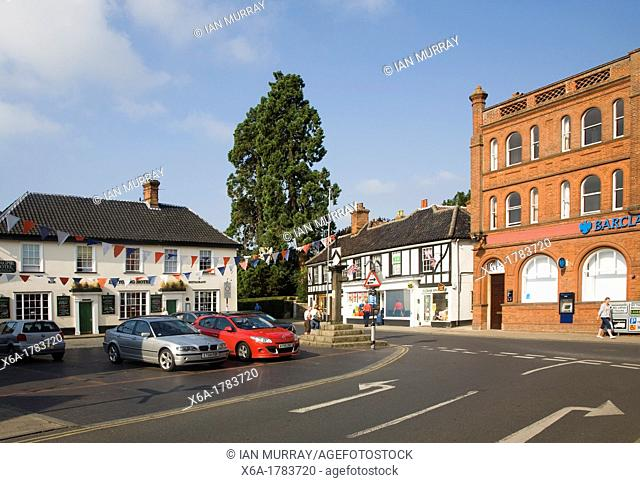 Magpie hotel and market square of Harleston, Norfolk, England