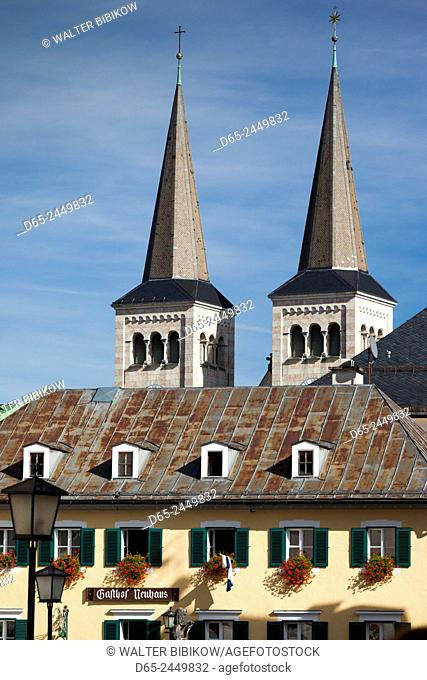 Germany, Bavaria, Berchtesgaden, Stiftskirche Sts. Peter and Johannes church
