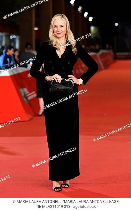 Mira Sorvino poses during the red carpet for 'Drowing' at the 14th annual Rome Film Festival, in Rome, ITALY-20-10-2019