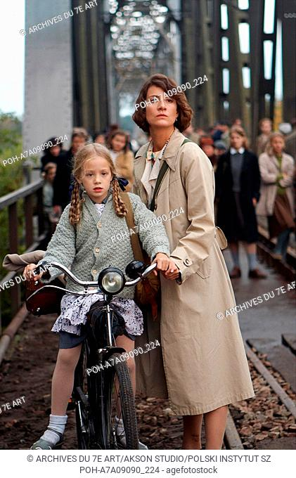 Katyn Year : 2007 Poland Director : Andrzej Wajda Wiktoria Gasiewska, Maja Ostaszewska. It is forbidden to reproduce the photograph out of context of the...