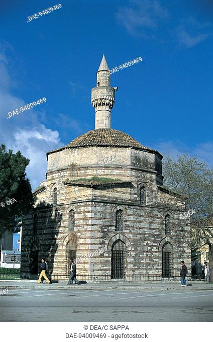 Mosque along a road, Mimar Sinan Mosque (1542), Vlore, Albania