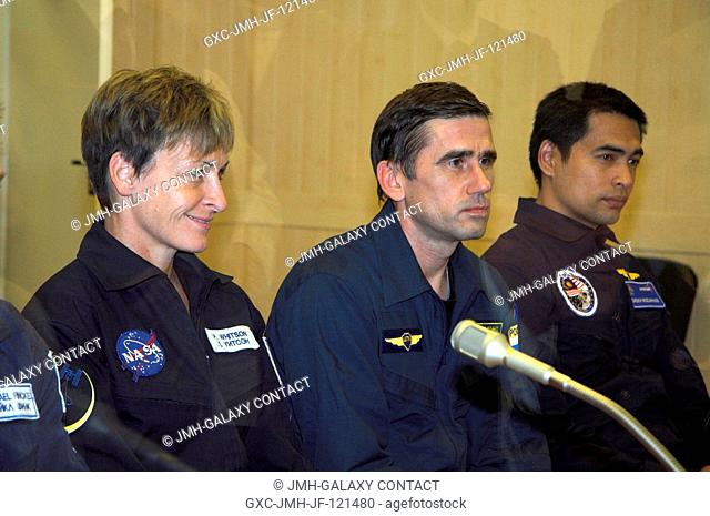 NASA astronaut Peggy A. Whitson, Expedition 16 commander; cosmonaut Yuri I. Malenchenko, Soyuz commander and flight engineer representing Russia's Federal Space...
