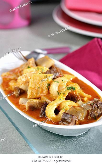 Cap-i-pota cheeks and tripes of pork stew