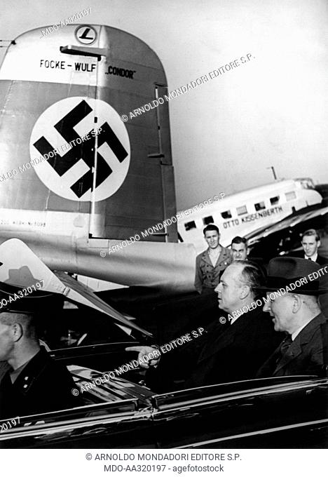 Joachim von Ribbentrop leaving for Moscow . The German Foreign Minister Joachim von Ribbentrop, with one of his advisers
