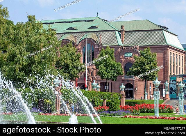 Congress Center Rosengarten, Wasserspiele am Friedrichsplatz, Mannheim, Baden-Wurttemberg, Germany