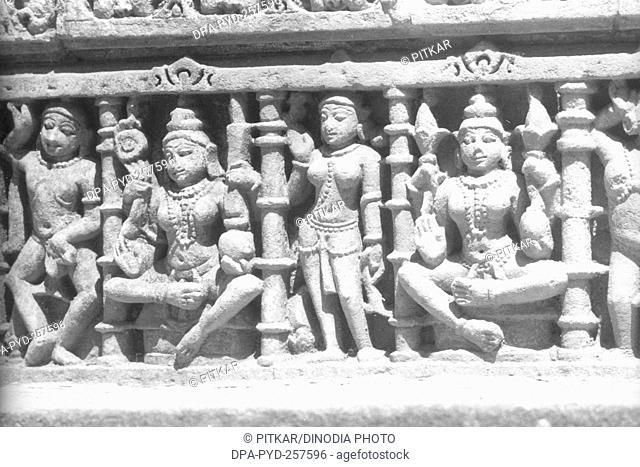 sculpture, Rani ki vav, stepwell, patan, Gujarat, India, Asia