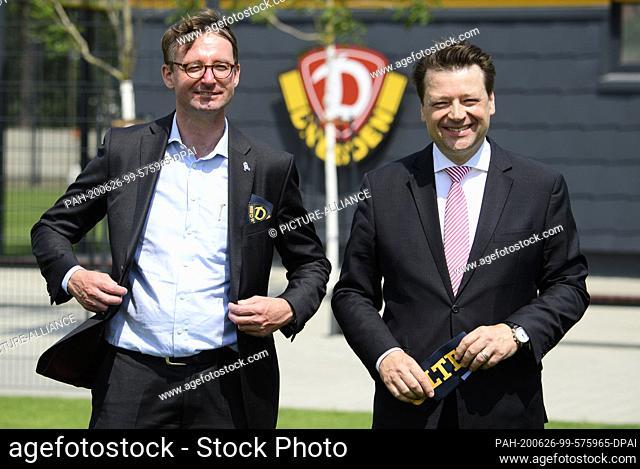 26 June 2020, Saxony, Dresden: Roland Wöller (CDU, l), Minister of the Interior of Saxony, and Holger Scholze, Dynamo President