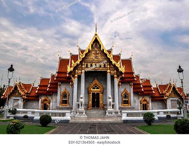 Marble Temple (Wat Benchamabophit Dusitvanaram), tourist attraction, Bangkok, Thailand
