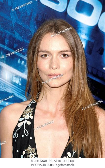 Poseidon (Premiere) Saffron Burrows 05-10-2006 / Grauman's Chinese Theater / Hollywood, CA / Warner Brothers / Photo by Joe Martinez