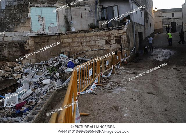 13 October 2018, Spain, Son Carrio: 13 October 2018, Spain, Son Carrio: Damaged building next to Can Amer Torrent in the village of Son Carrio after the severe...