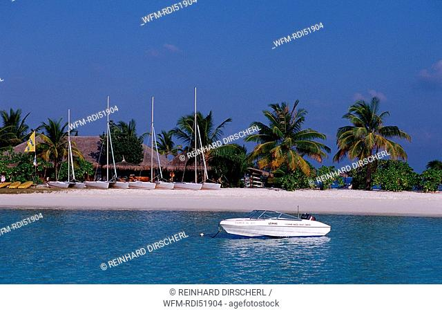 Maldives island Beach, Indian Ocean Ari Atoll White Sands Resort, Maldives Island
