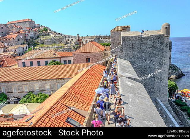 People on the walls of Dubrovnik