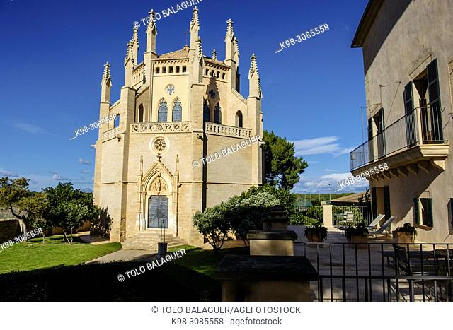 capilla, obra del arquitecto Bartomeu Ferrà, segundo tercio del siglo XIX, casas de Sa Torre, Llucmajor, Mallorca, balearic islands, Spain