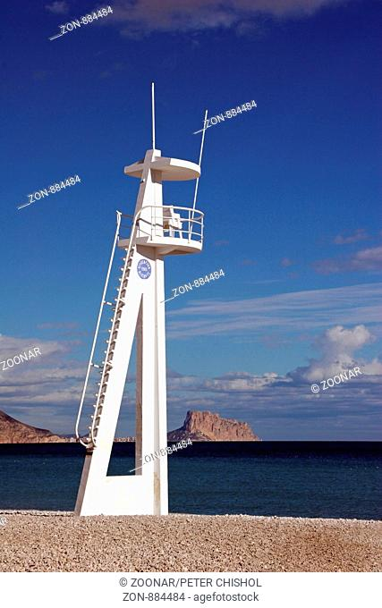 Lifeguard tower on the beach at Albir