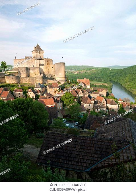 Chateau de Castelnaud-la-Chapelle and the Dordogne River in Perigord, Dordogne, France