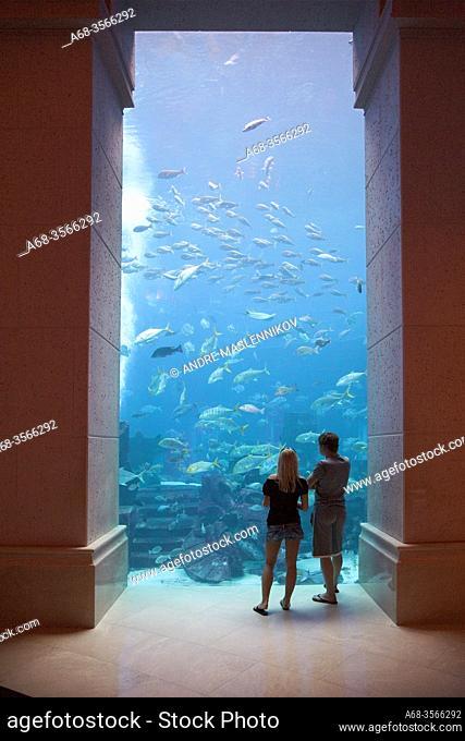 The huge aquarium at hotel Atlantis. Palm Jumeirah. Dubai. Photo: André Maslennikov