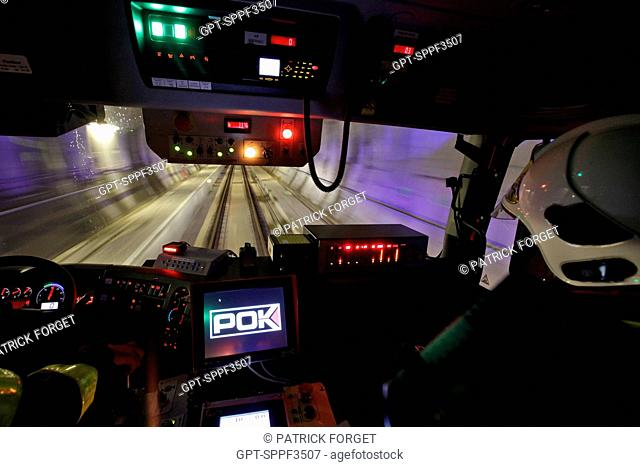 THE COCKPIT OF A RAILROAD FIRE ENGINE HEADING TO AN EMERGENCY IN THE PERTHUS TUNNEL, HIGH-SPEED RAILROAD BETWEEN SPAIN AND FRANCE, PYRENEES-ORIENTALES 66