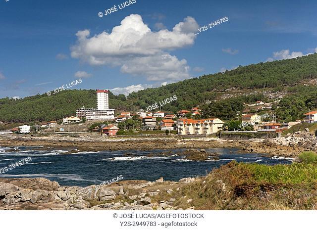 Rocky coastline, Baredo-Bayona, Pontevedra province, Region of Galicia, Spain, Europe