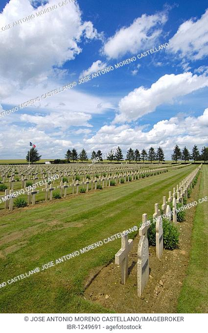 First World War Cemetery at Soissons, Picardie, Aisne, Somme valley, France, Europe