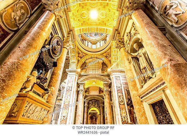 Vatican;Basilica di San Pietro in Vaticano;indoors