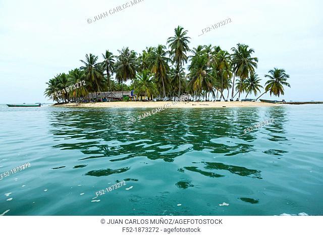 Pelicano Island, San Blas Archipelago, Kuna Yala Region, Panama, Central America, America