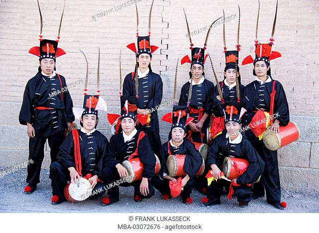 China, drummer's group, costumes, traditional, Ming Dynastie, Jiayuguan fort