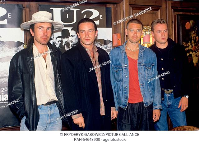 Larry mullen jr Stock Photos and Images | age fotostock