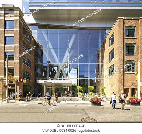 Main entrance of QRC office building. Queen Richmond Center West, Toronto, Canada. Architect: Sweeny&Co, 2016