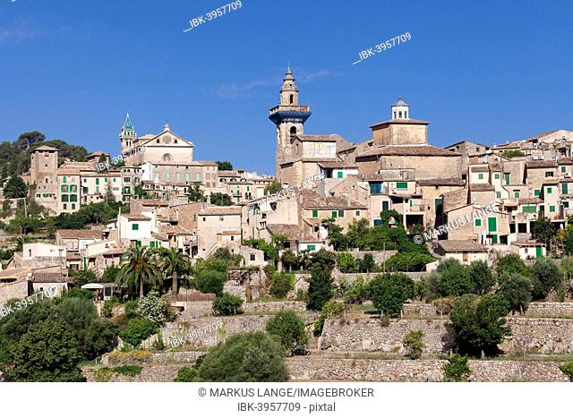 Valldemossa Charterhouse and parish church of Sant Bartomeu, Valldemossa, Majorca, Balearic Islands, Spain