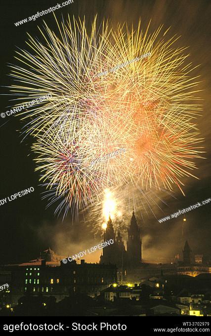 Artificial Fires on Santiago's Cathedral. Holidays of the Apostle, . SANTIAGO DE COMPOSTELA, GALICIA, SPAIN, EUROPE
