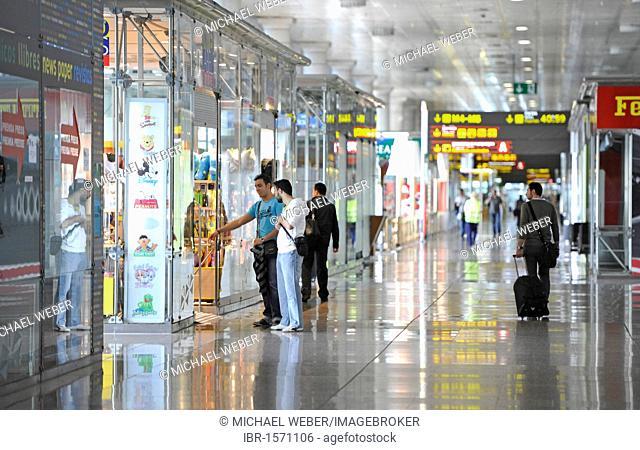 Duty-Free Zone, shops, Terminal 2, Barcelona Airport, Aeropuerto de Barcelona, Spain, Europe