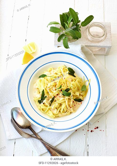 Tagliatelle with lemon sauce and sage