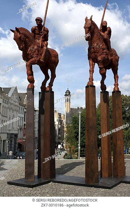 Statue group 'Van 3 naar 3' created by Javier Marín at the Albertinaplein, Mont des art, Royal Quarter, Brussels, Belgium