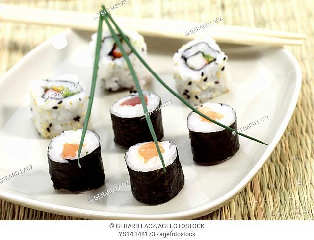 SUSHI MAKIZUSHI, JAPANESE FOOD