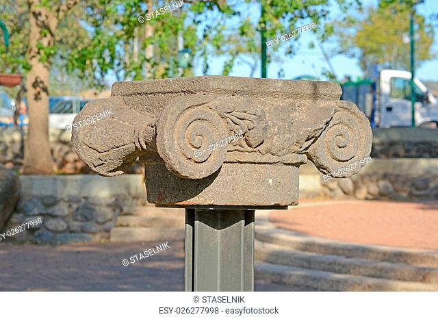 Ionic column capital with scrolling volutes
