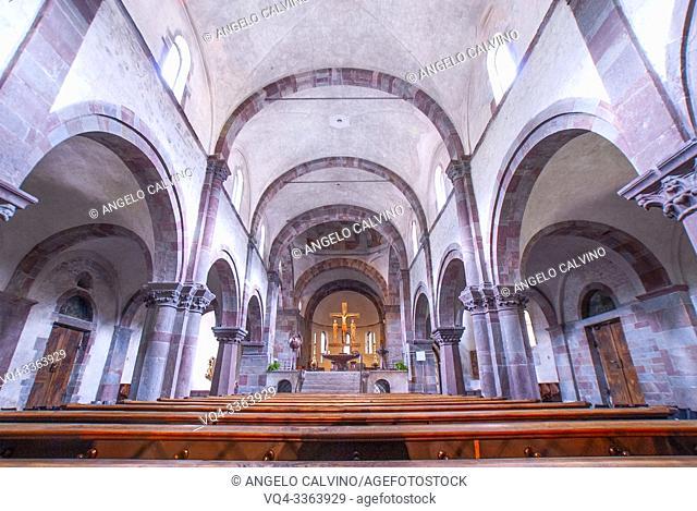 The cruzifix in the Innichen Abbey, Lâ. . Abbazia di San Candido, Innichen, San Candido, South Tyrol, Alto Adige, Italy, Val Pusteria