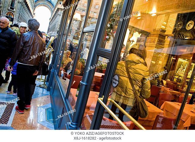 Restaurant in Galleria Vittorio Emanuele, Milan, Italy