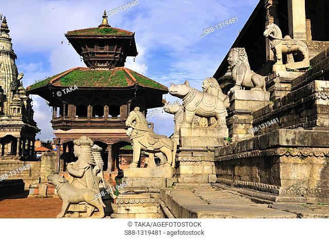 Durbar square, Pashpati temple, Bhaktapur (Bhadgaon), Kathmandu Valley, Nepal