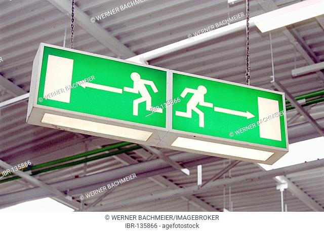 Sign for the emergency exit in a production area