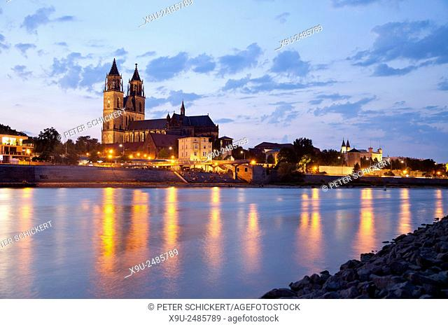 Elbe river and the Cathedral of Magdeburg at night, Magdeburg, Saxony- Anhalt, Germany