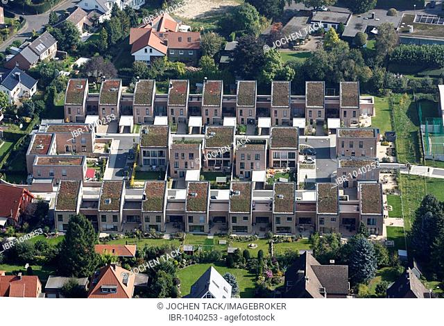 One-familiy houses and multi-family houses, estate, Muenster, North Rhine-Westphalia, Germany, Europe