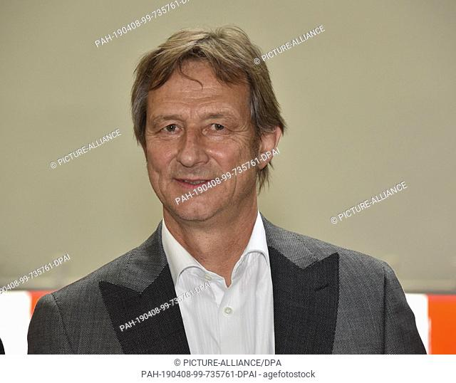 "08 April 2019, North Rhine-Westphalia, Köln: Organizer Klaus Eschmann at the press conference on """"Straßenland"""", the interactive festival taking place on 23"