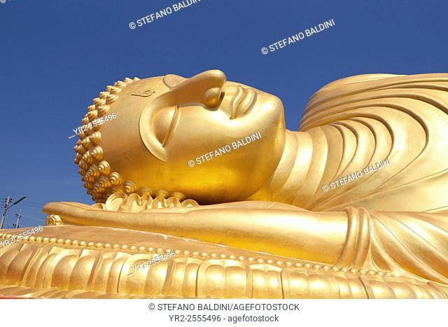 Giant Buddha statue, detail, Wat Phranom Laem Phor or Lampor, Ko Yo, Songkhla province, Thailand