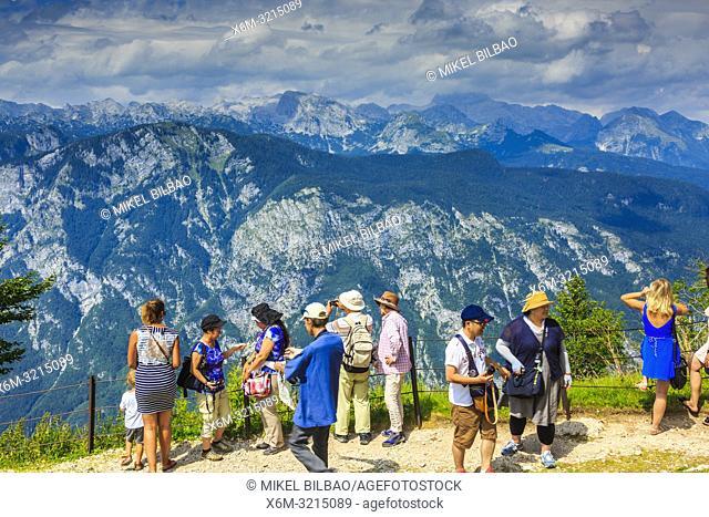 Triglav mountain range from Vogel ski area. Triglav National Park. Upper Carniola region. Slovenia, Europe