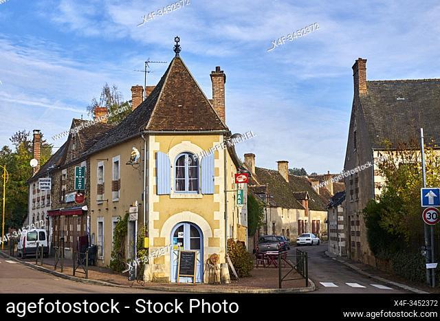 France, Nievre (58), La Puisaye, Saint-Amand-en-Puisaye village